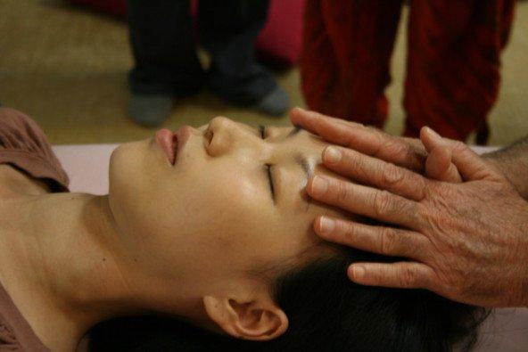 Kraniosakralna resonanca: Sproži procese samozdravljenja v telesu