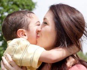 O ljubezni bolj starševsko