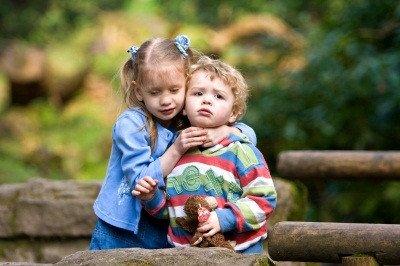 Ljubiti svoje bliznje  m