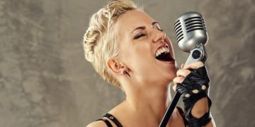 professional singing lessons london