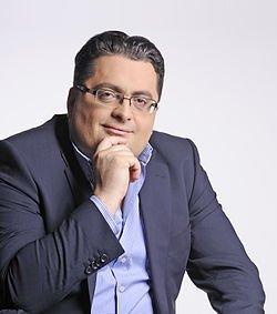 Dr. Kenan Crnkić