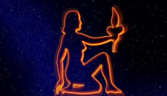 astroloskanapoved