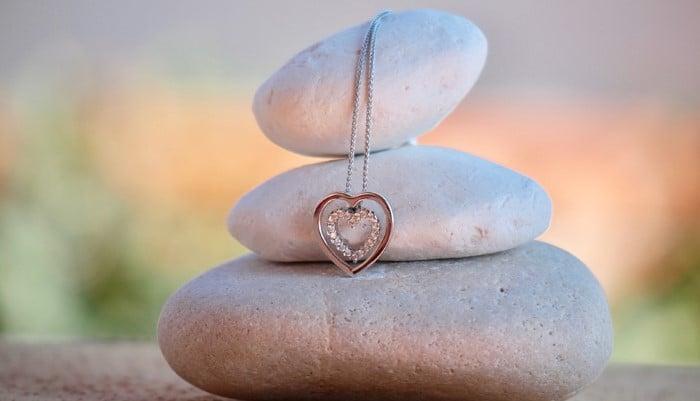 ljubezen vas zdruzuje