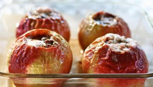 pecena jabolka