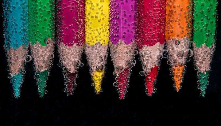 Moč barv: Zelena in roza za boljše odnose