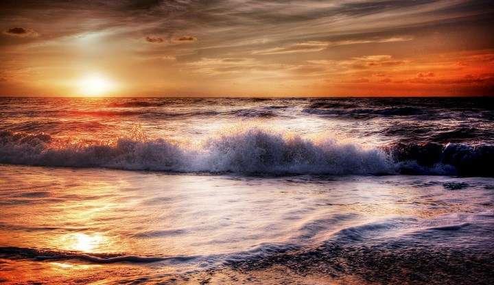 Morje je viharno le v svojih zgornjih plasteh 7