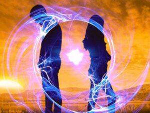 Znamenja, da se partnerski odnos bliža koncu. Vztrajati ali se premakniti iz cone udobja?