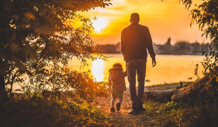 Oče in otrok sama 4