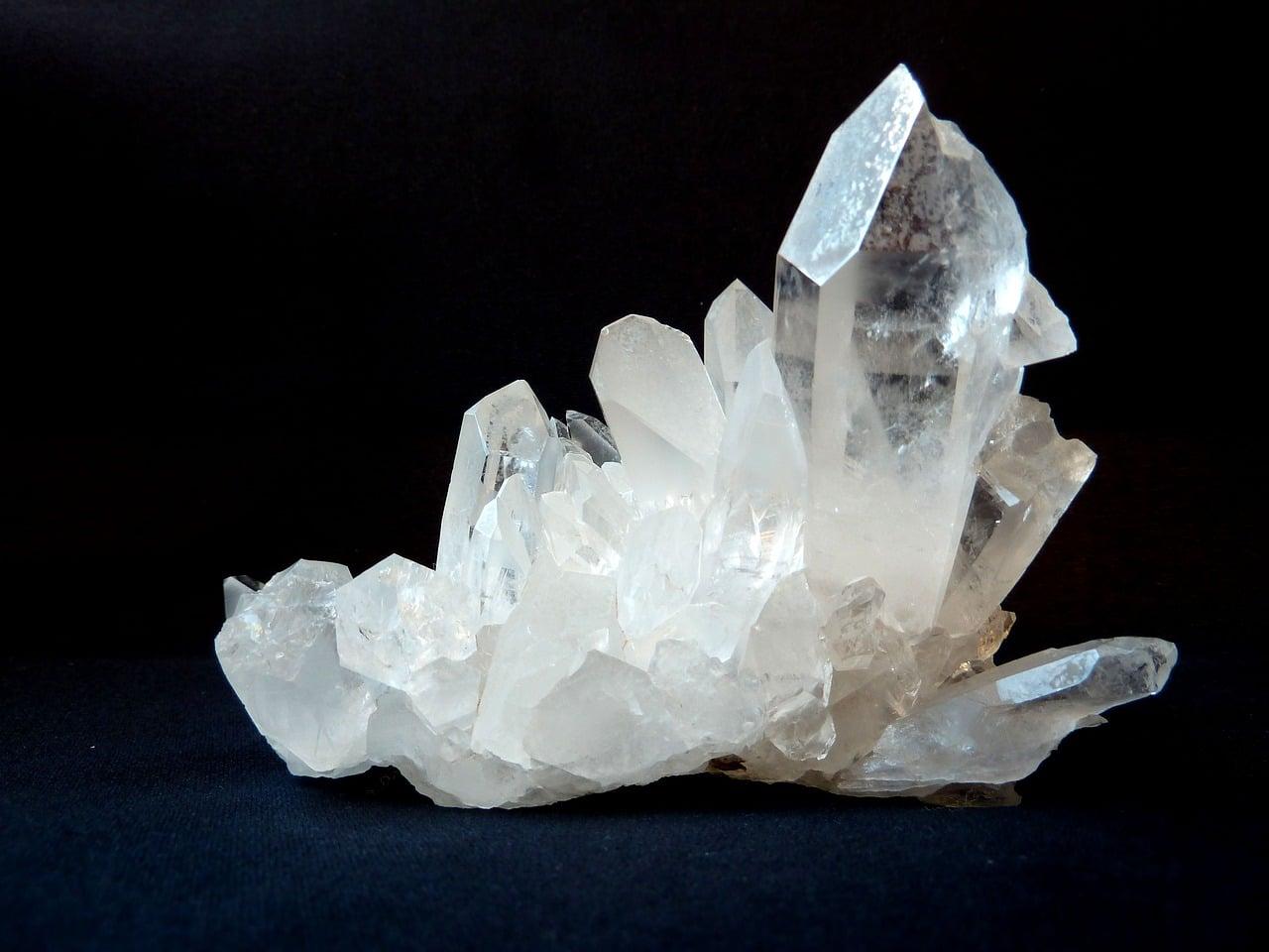 Meditacija s kristali - kamena strela 1