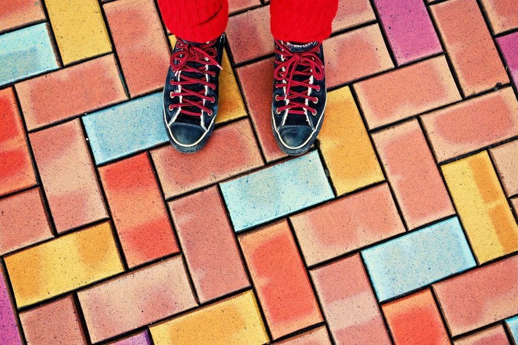 feet-3095532_1920