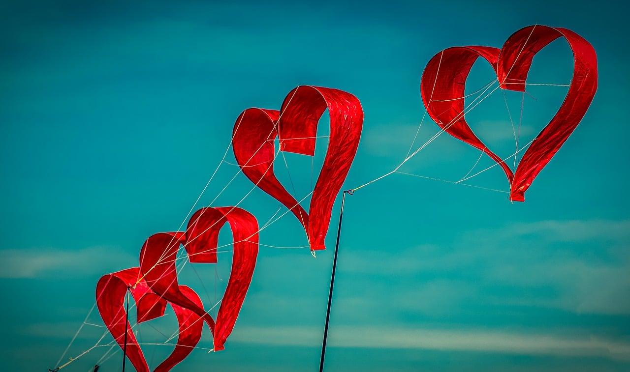 Numerološka napoved 7.10. do 13.10.2019: Ljubezen ne potrebuje poti. Ljubezen je pot. 12