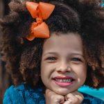 Kako otroku predstavimo moč pozitivnih misli in besed