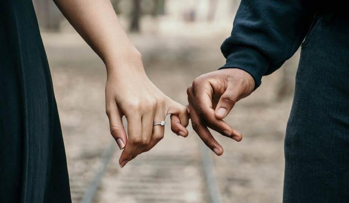 Komentar k filmu Marriage Story ali Kaj se dogaja, ko se partnerji prepiramo? 14