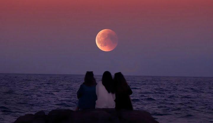 Astrološka napoved: Mlada luna v Ribah in kreacija nove resničnosti 2