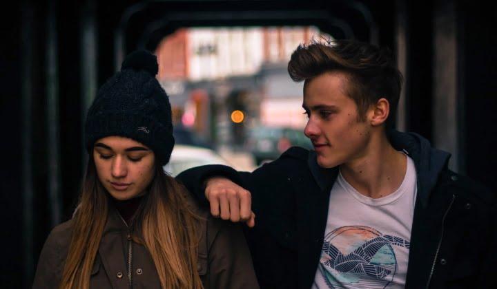Nesrečne najstniške zaljubljenosti 1