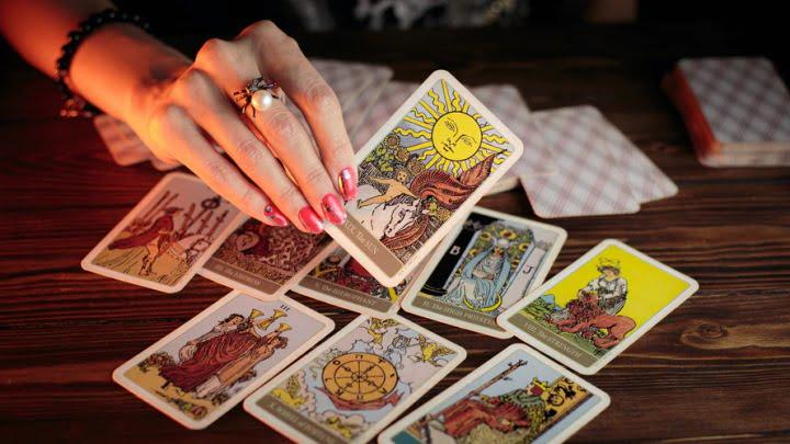 Tarot izbira – Napoved za mesec September 2021 2