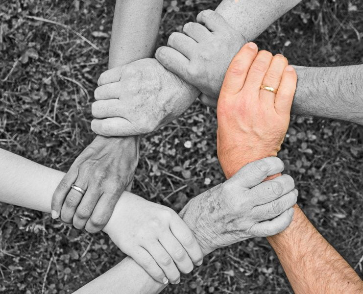 Kako podedovane družinske travme in vzorci vplivajo na nas? 4